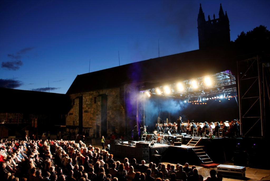 Olavsfestdagene, avslutningskonsert i Borggården i Trondheim, Trøndelag, Foto: Wacek Kusnierczyk