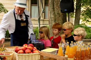 Barneshow med Flying Culinary Circus på Trøndersk Matfestival i Trondheim, Foto: Oi! Mat og Drikke