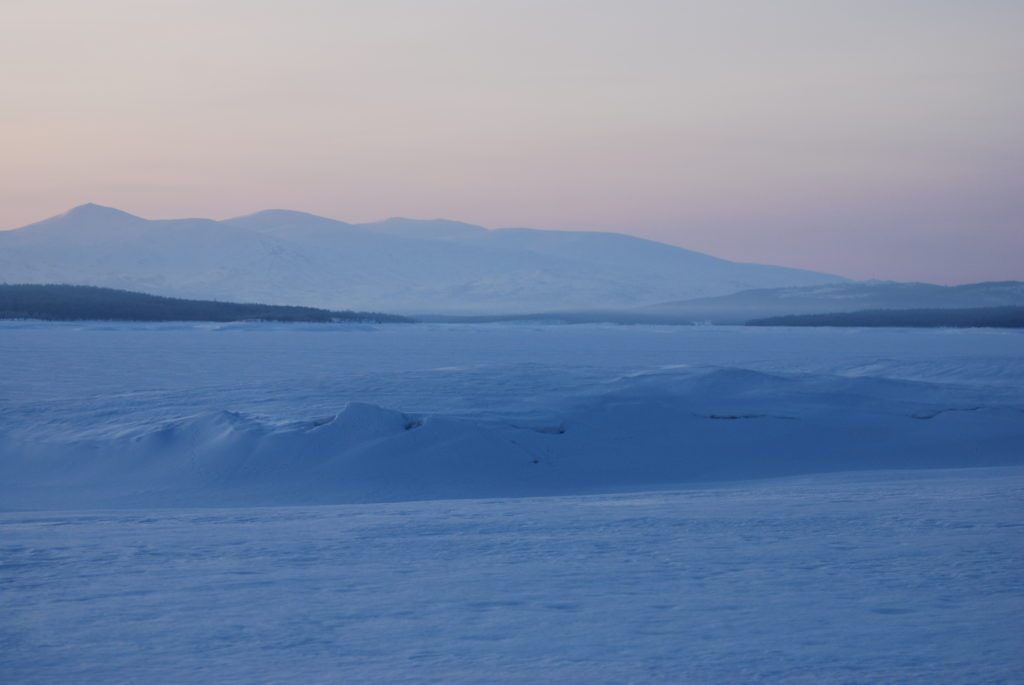 Blåtimen på Røros. Foto: Finn Nilsen